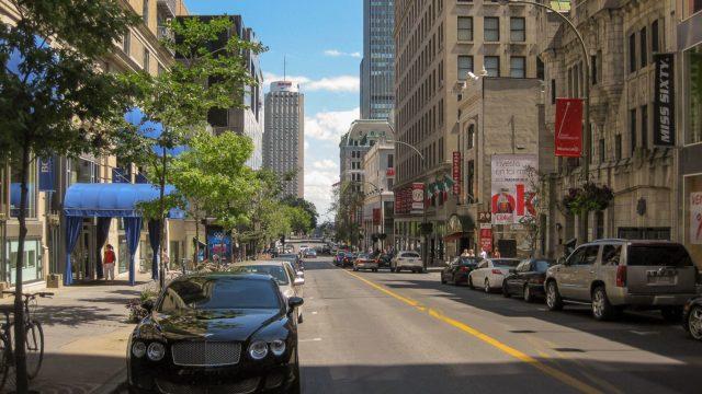 Rue Peel in Montreal